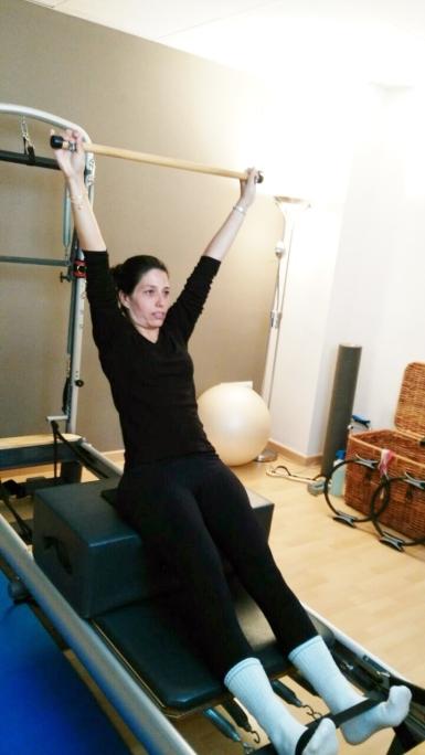 Pilates Sant Celoni- Fernanda Millions Dutra- Alumno ejercicio reformer 01
